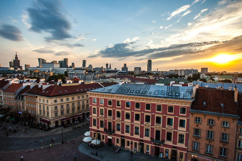 #warsaw #warszawa #poland  #architecture #view #culturepalace #dawn #skyline #royalroute #travelgram #instatravel #wetraveltheworld #lovewarsaw