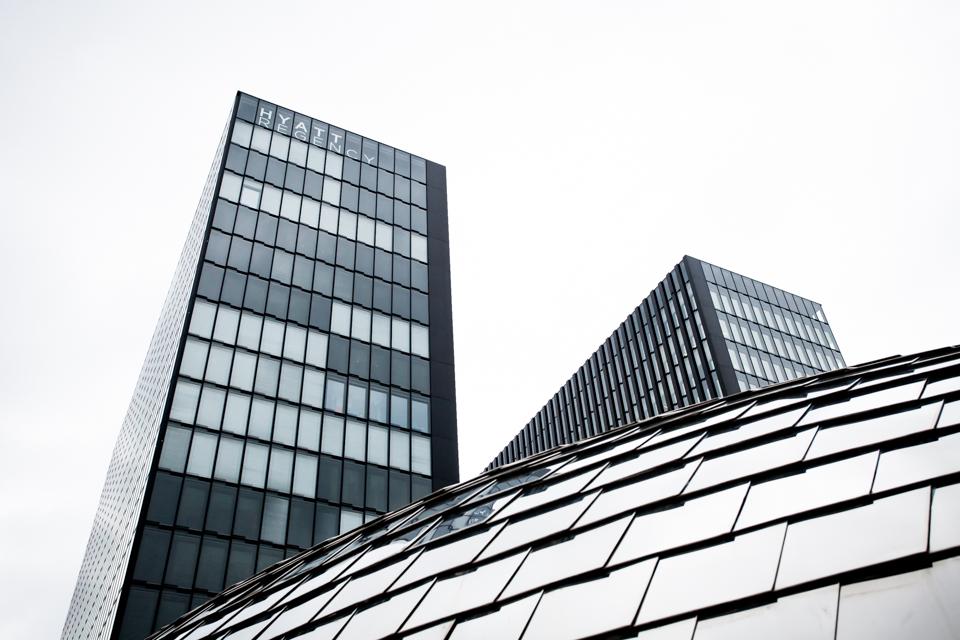 Zwillingstürme Hafenspitze Medienhafen mit Hyatt Regency Hotel Düsseldorf